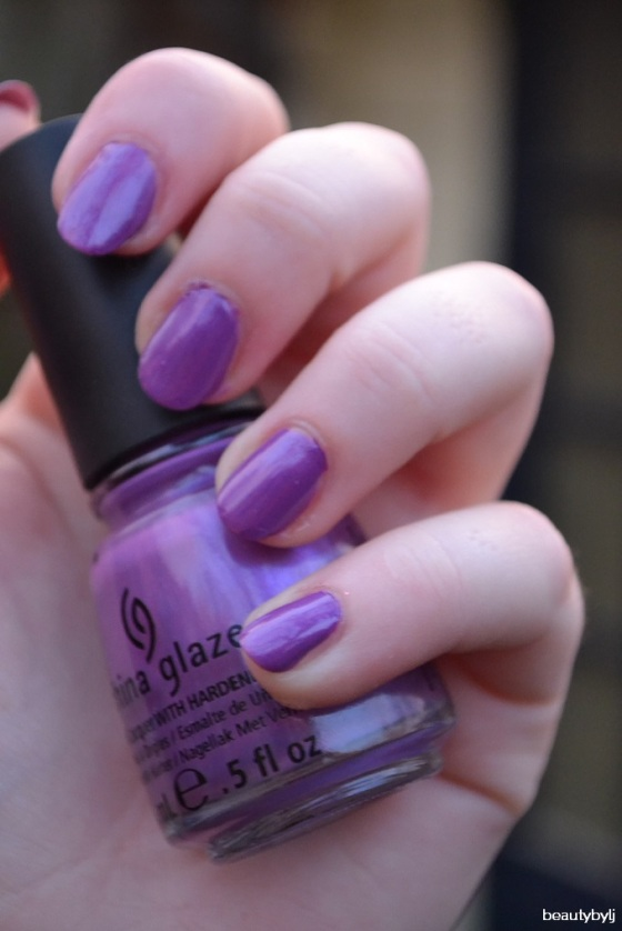 china glaze paars